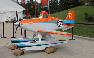 Custom Display, Dusty Airplane