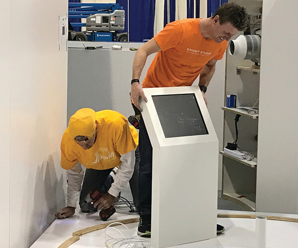 repairs for damaged displays and trade show booths